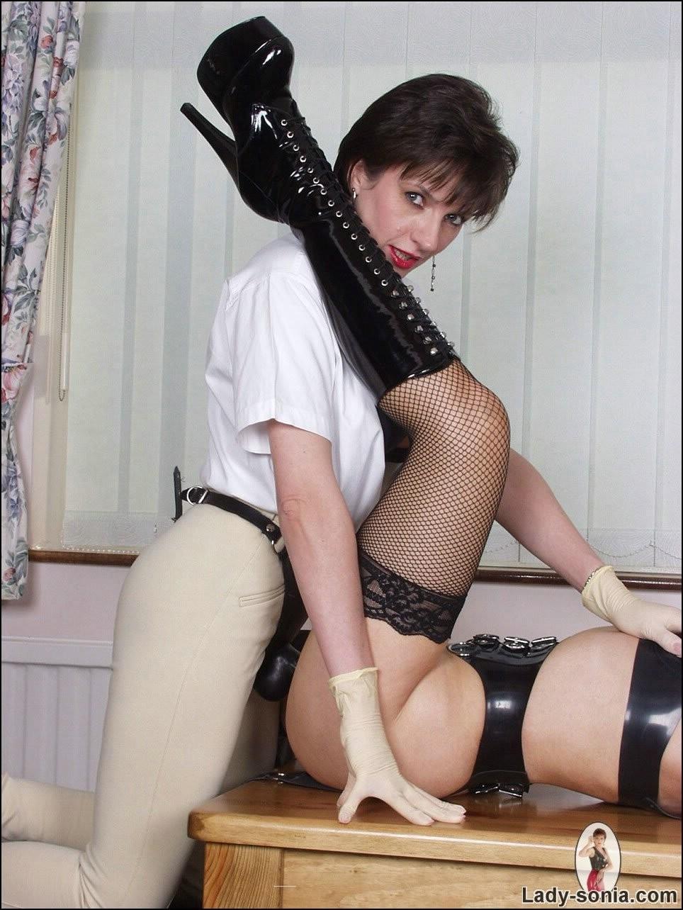Dani Daniels Lesbian Strap
