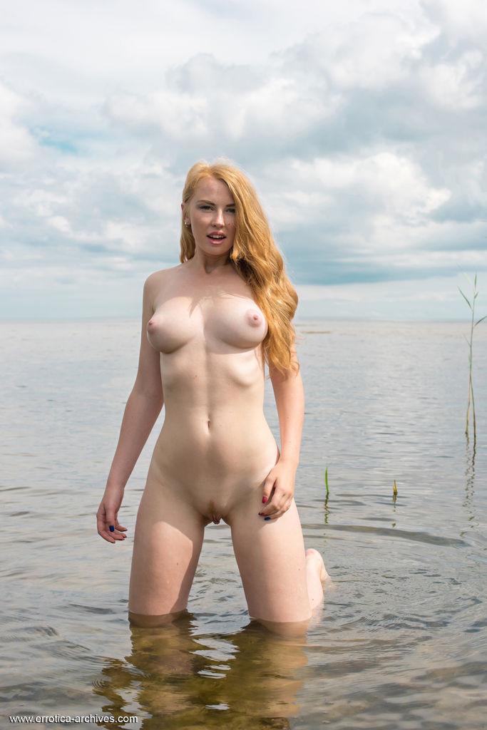 Helene nude