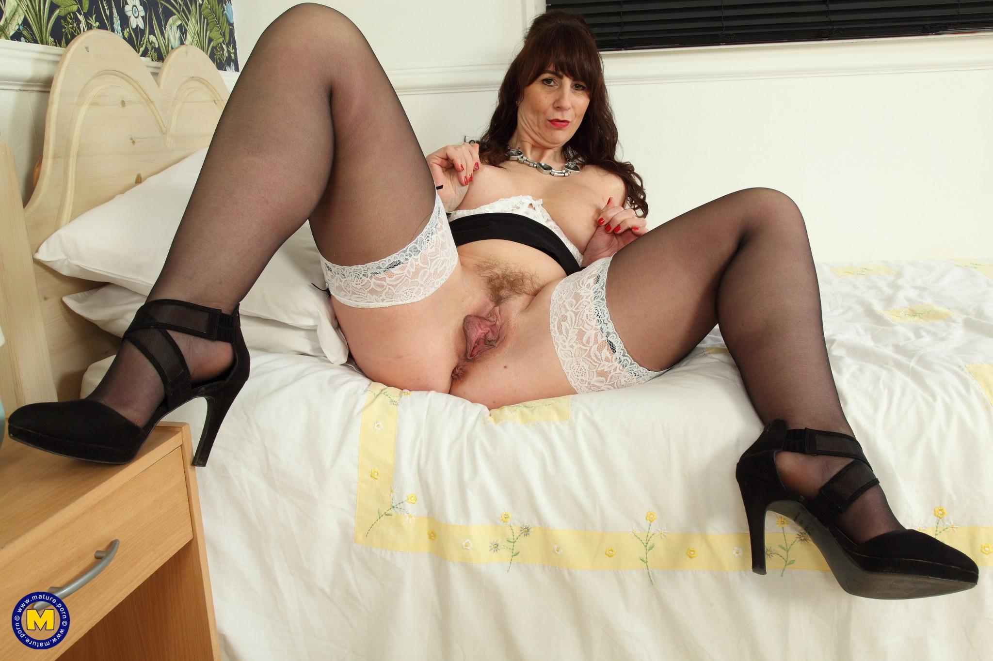 Garrys girls toni lace photosxxx stockings naked party sex hq pics