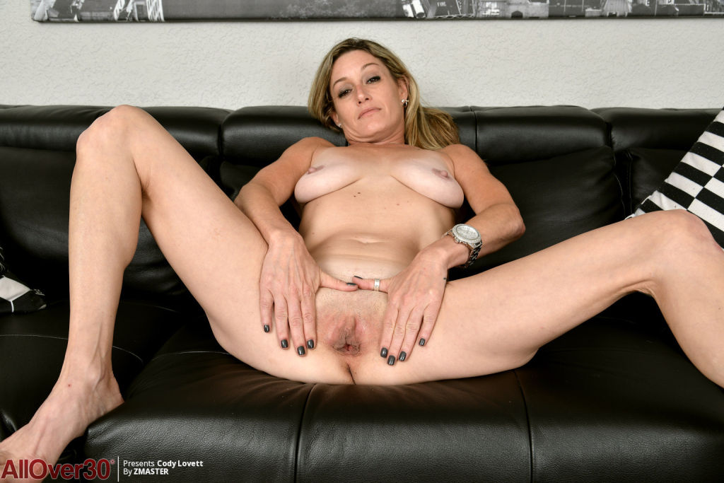 female slave male feet