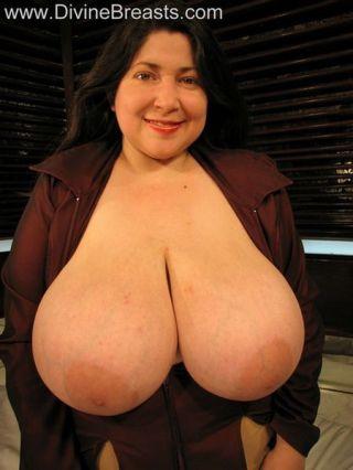 ... Huge Boobs Latina Milf ...