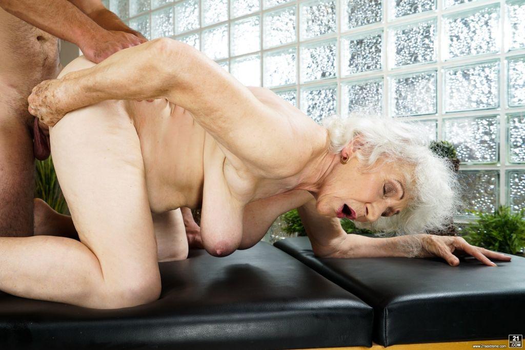 Mature had sex, sarah wayne callies full hd naked pics