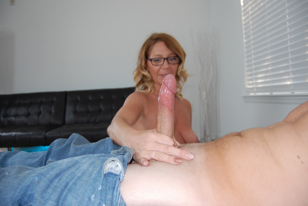 Amateur Big Dick Orgasm