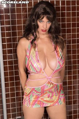 Busty Tina    ScoreLand    Babes    Bathroom    Big Tits    Boobs    Busty    Pornstars    Tits    Wet thumbnail
