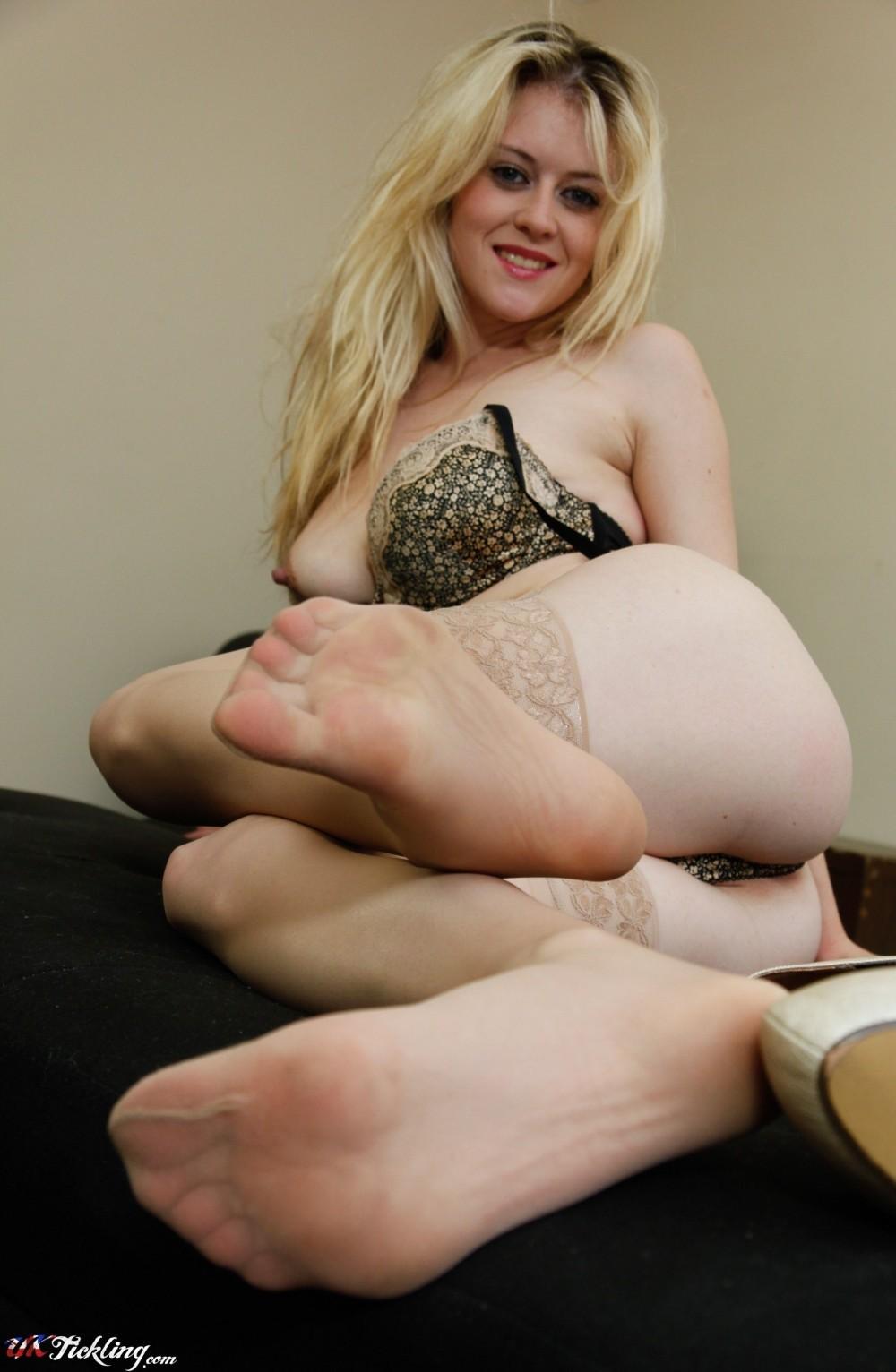 pichunter feet