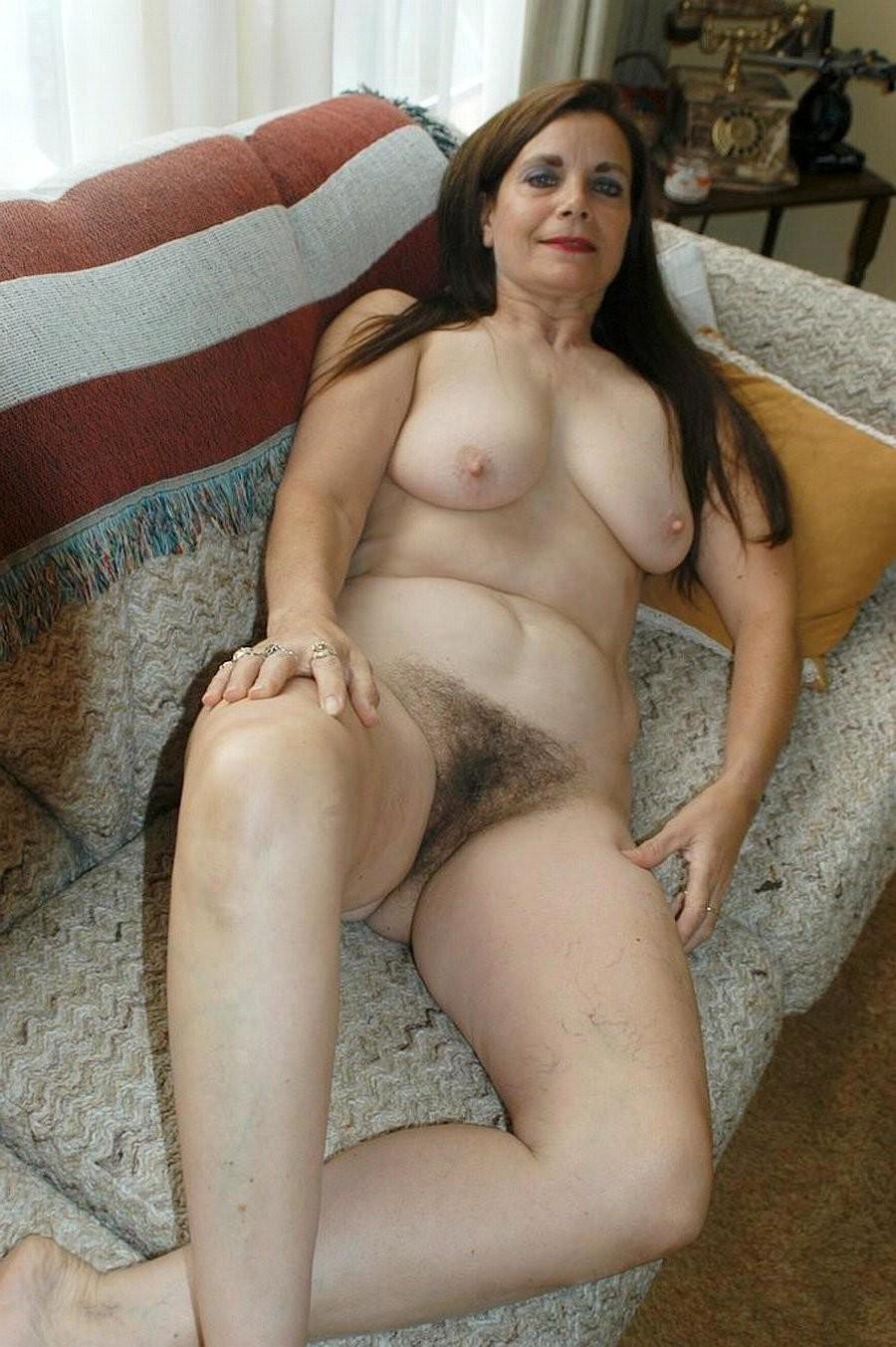 Hairy Mature Natural