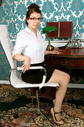 Emily Winters    All Over 30    Brunette    Busty    MILF    Office    Pornstars    Secretary    Stockings    Stripping thumbnail