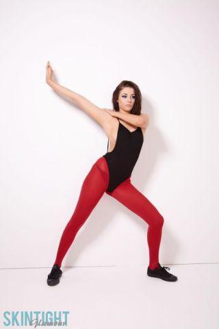 Jayne Thompson    Skin Tight Glamour    Athletic    Babes    Beautiful    Erotic    Model    Nice Ass    Solo    Stockings thumbnail