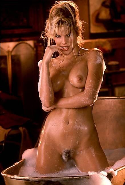 Layla Roberts Porn
